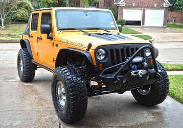 Slim Fenders for Jeep Wrangler JK for Sale in Arlington,  TX