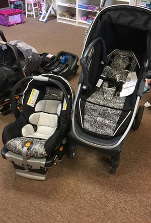 Chicco Stroller and car seat for Sale in Boca Raton, FL
