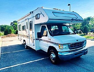 This is a ready to travel home 1998 Fleetwood Montara for Sale in Spokane,  WA