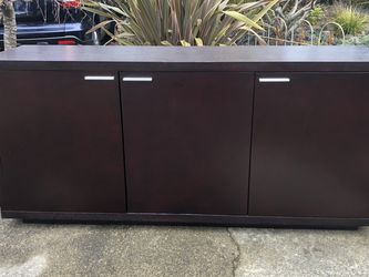 BEAUTIFUL SOLID WOOD BLACK/BROWN CREDENZA!!! for Sale in Normandy Park,  WA
