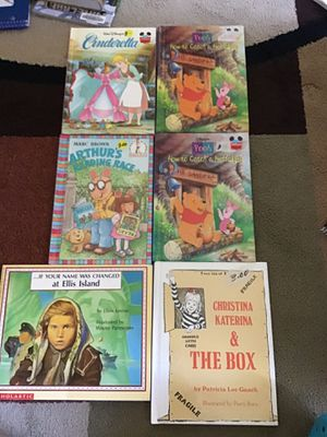 Books each 3 dollars for Sale in Salinas, CA