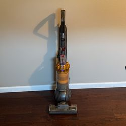 Dyson vacuum for Sale in Battle Ground,  WA