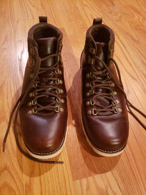 Mens Ugg Capulin 3238 Waterproof Boots Size 13 Brown Worn Once Vibram Soles for Sale in Ashton-Sandy Spring, MD