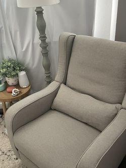 Nursery Glider & Recliner Chair for Sale in Lake Stevens,  WA