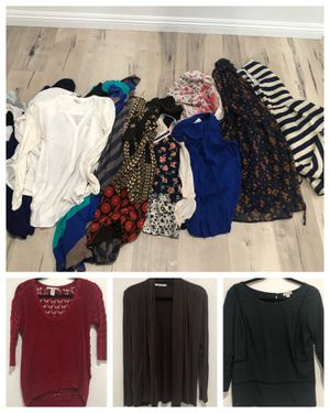 21 Pieces Sz Small Women's clothing for Sale in San Dimas, CA