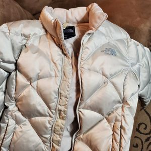 The North Face Girls jacket for Sale in Livonia, MI