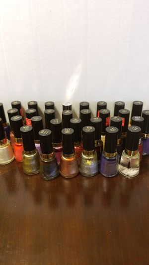 Revlon nail polish for Sale in Germantown, MD