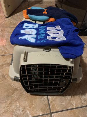 Dog case travel for Sale in Pasadena, TX