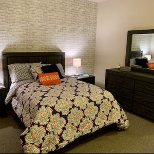 Real Wood Bedroom Set, Gray for Sale in Seattle, WA