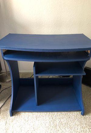 Computer desk for Sale in San Ramon, CA