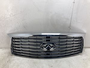 For 2011 2012 2013 Infiniti QX56 front chrome grill grille w/ camera for Sale in Chino Hills, CA