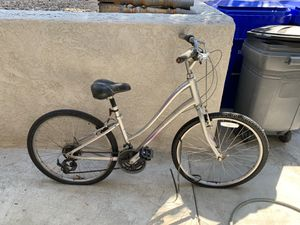 Giant Sedona women's bike for Sale in San Diego, CA