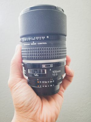 Nikon Nikkor AF DC-NIKKOR 105mm f/2.0 D Lens for Sale in Poway, CA