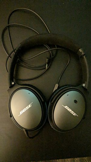 Bose Noise Cancelling Headphones for Sale in Richmond Heights, MO