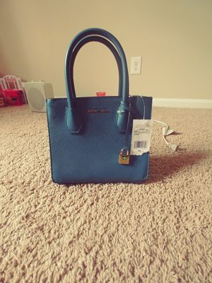 New with tag Michael Kors Mercer leather satchel for Sale in Durham, NC
