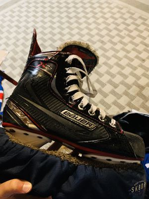 Bauer vapor 2.7x for shoe size 6.5 for Sale in Imperial, MO