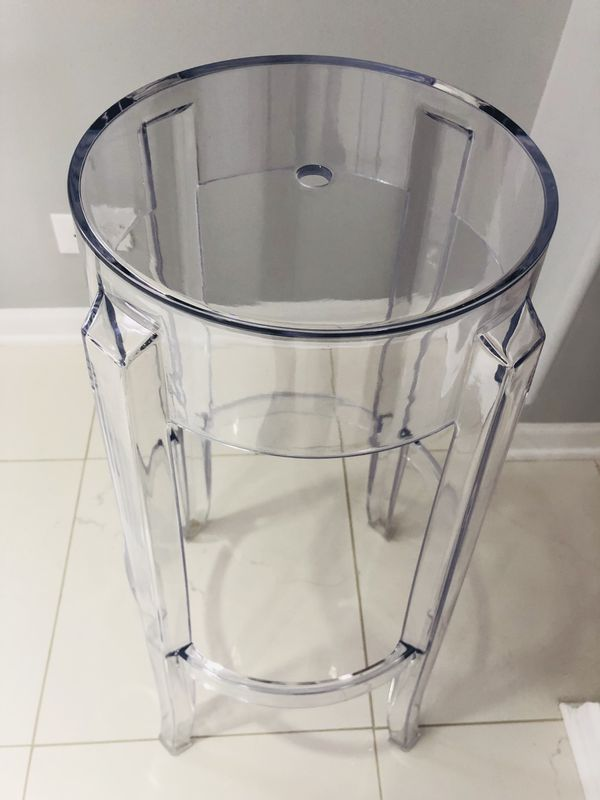 """The """"Ghost"""" is Transparent and Very Sleek - Use it at a bar, kitchen island or even a vanity area - 30"""" - NEW IN BOX 📦"""