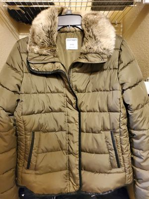 Olive green - Old Navy Parka - (M) for Sale in Houston, TX
