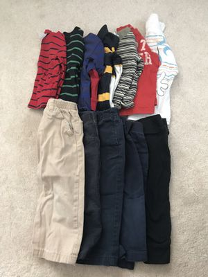 12 pieces boys clothes size 12-18 months for Sale in Alexandria, VA