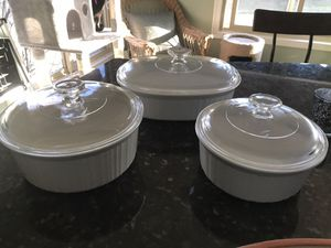 3 Corning/ Pyrex Casserole Cookware for Sale in Livonia, MI