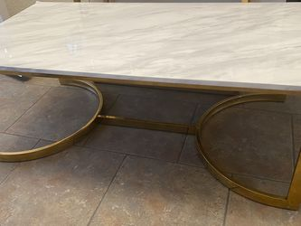 White Marble And Gold Modern Coffee Table And 2 Side Tables for Sale in Jamul,  CA