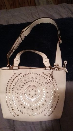 Purse for Sale in Painesville, OH