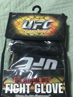 UFC official fight gloves for Sale in San Diego,  CA