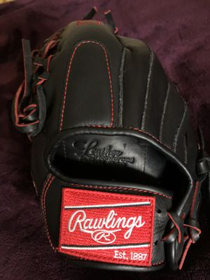 New R9 Rawlings baseball glove 11.5 for Sale in Union City, CA