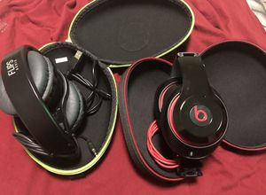 Beats studio and flips audio for Sale in Chicago, IL