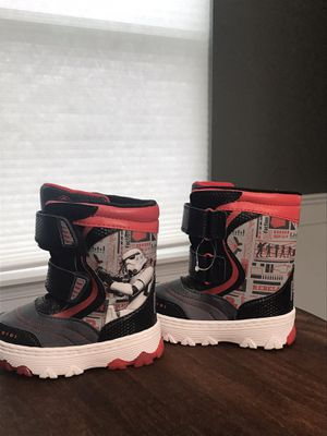 Kids Star Wars snow boots size 7/8 for Sale in St. Charles, IL