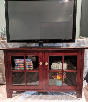 TV STAND/ MEDIA CONSOLE for Sale in Accokeek, MD