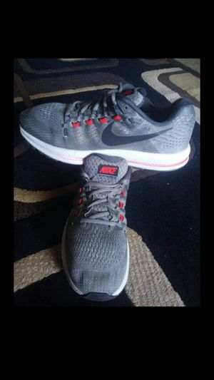 Shoes nike zoom vomero size 10.5 for men chequen más ofertas 👟👟👟👟👟🚶 for Sale in Los Angeles, CA