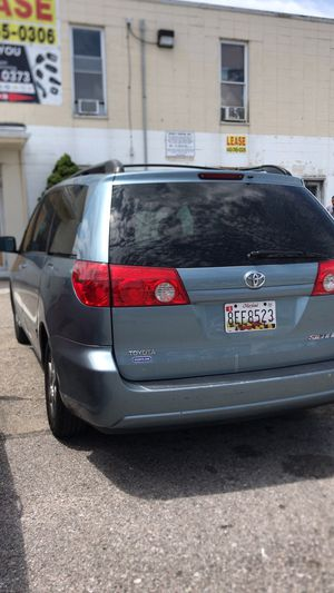 2006 Toyota Sienna for $4800 for Sale in Baltimore, MD