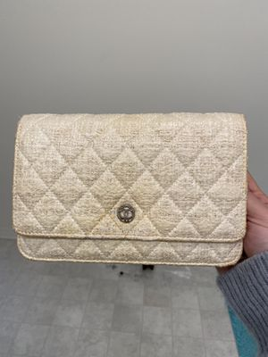 Auth CHANEL Tweed Wallet On Chain Crossbody Bag for Sale in Montclair, CA