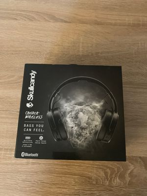 Skull candy wireless headphones like new!! for Sale in Clovis, CA