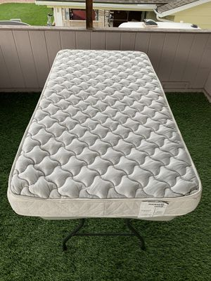 IN PERFECT CONDITION! Twin size mattress for Sale in Aurora, CO