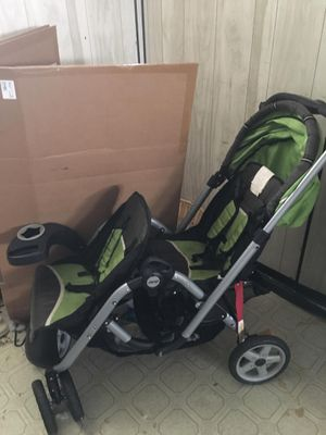 Jeep brand double seated stroller for Sale in WARRENSVL HTS, OH