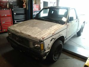 92 GMC V6 short bed for Sale in Haverhill, MA