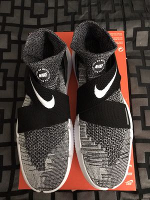 """012f1072c3c4 Nike Free Run Motion Flyknit """"Oreo"""" Size 12 Brand New‼ for Sale"""