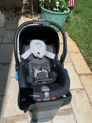 Uppa baby car seat for Sale in Boynton Beach, FL