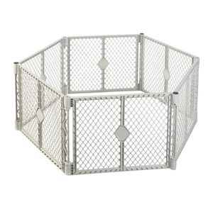 New Northstates Toddleroo Superyard play space play yard gate area Indoor/Outdoor 6-Panel SUMMERLIN for Sale in Las Vegas, NV