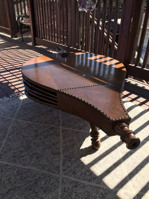Vintage bellows coffee table for Sale in San Jose, CA