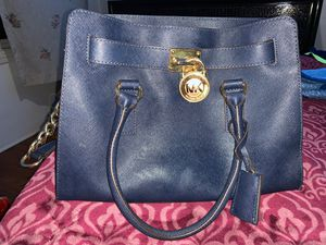 Michael kors hangbag for Sale in South Gate, CA