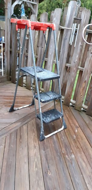 Three step and work platform ladder for Sale in Mt. Juliet, TN