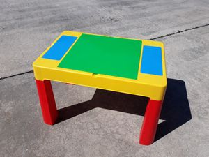 Kids activity desk table with storage great for arts crafts and legos for Sale in Seminole, FL
