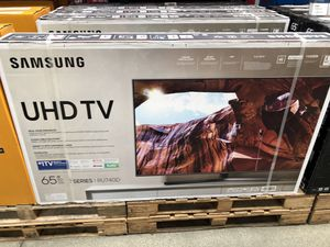 Samsung 65 inch 4K smart TV 7 series un65ru740d dynamic crystal panel for Sale in East Los Angeles, CA