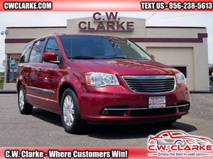 2014 Chrysler Town & Country for Sale in Gloucester, NJ