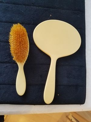 Antique brush and mirror for Sale in Fresno, CA