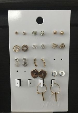 Earrings for Sale in Norfolk, VA