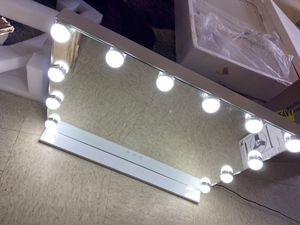 Brand new Hollywood vanity mirror for Sale in Henderson, NV